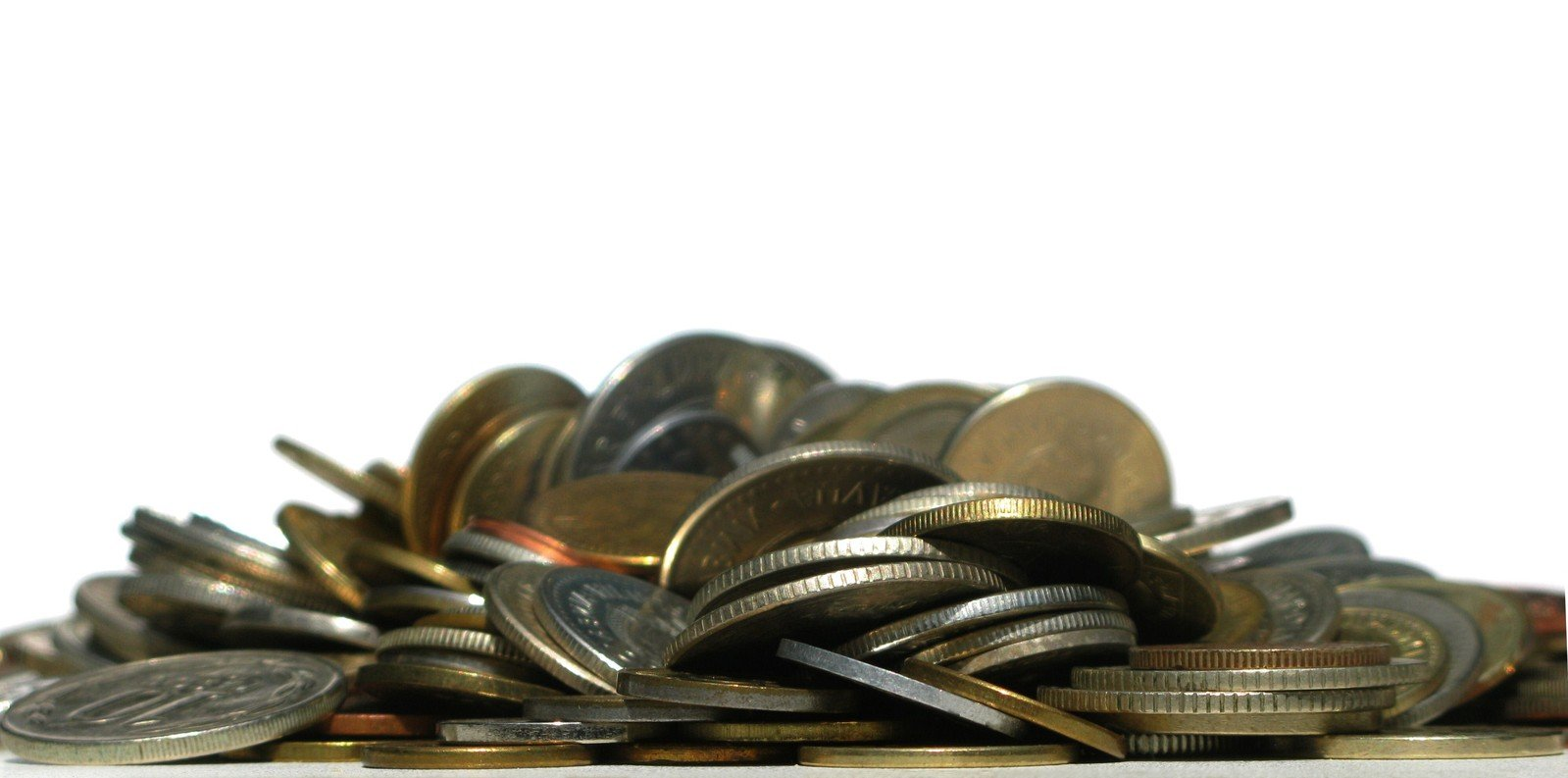 pile-of-coins-1057126